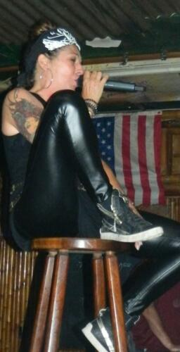 coyoteugly (23)